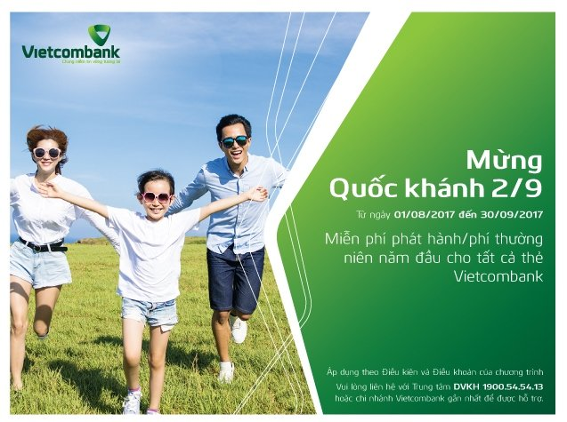 Chuong trinh mien phi phat hanh, phi thuong nien the Vietcombank nam 2017 hinh anh 1