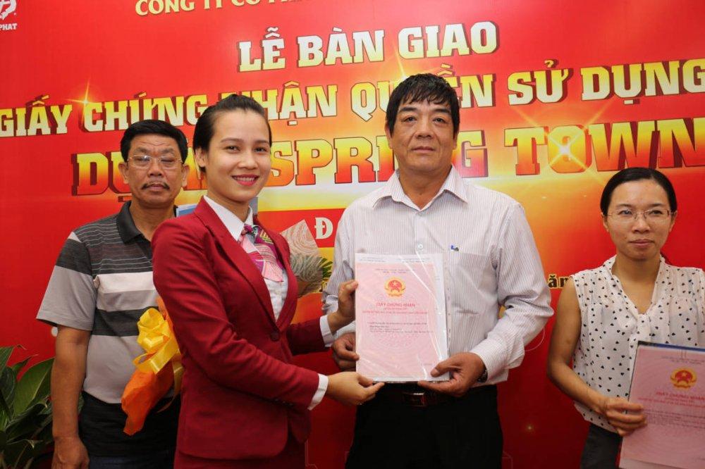 Dia oc Kim Phat va Viet Hung Phat trao hang tram so do cho khach hang hinh anh 4