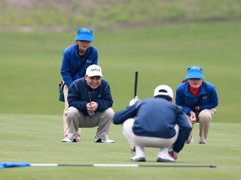 20 ty dong tien thuong giai Artex Golf Tournament 2017 hinh anh 1