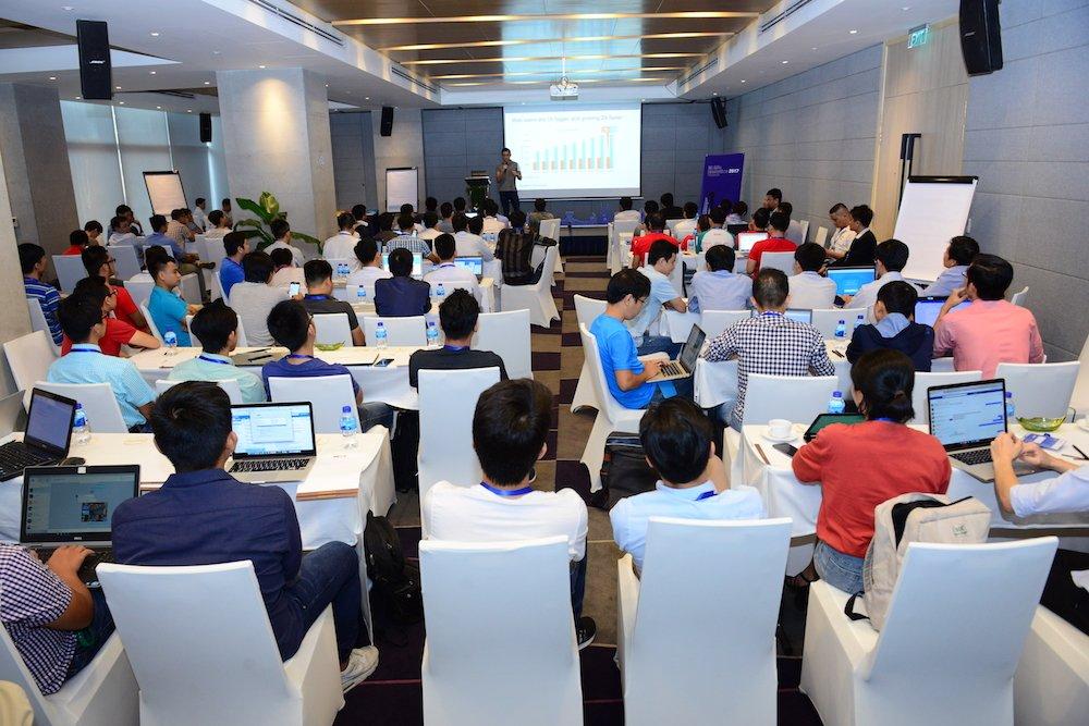 Lan dau tien Google to chuc PWA / AMP Hackathon tai Viet Nam hinh anh 3