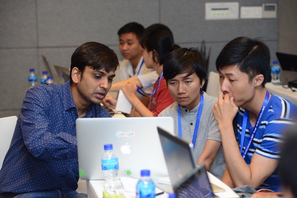Lan dau tien Google to chuc PWA / AMP Hackathon tai Viet Nam hinh anh 10