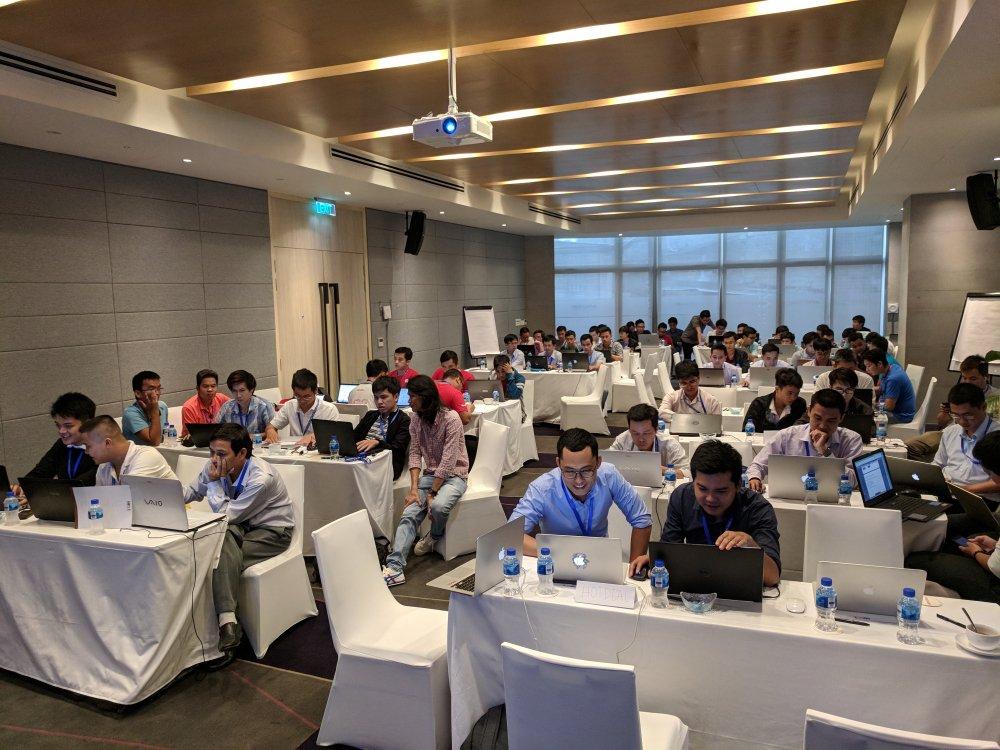 Lan dau tien Google to chuc PWA / AMP Hackathon tai Viet Nam hinh anh 5