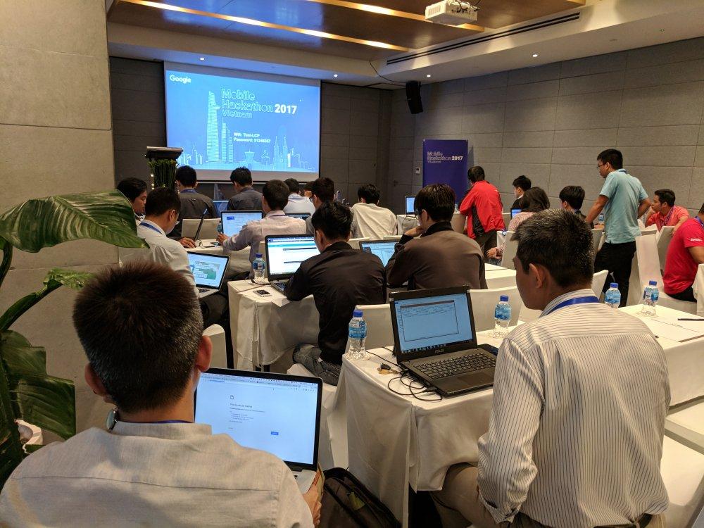 Lan dau tien Google to chuc PWA / AMP Hackathon tai Viet Nam hinh anh 4
