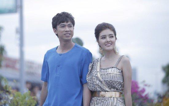 MobiFone bat tay Ho Viet Trung 'Truy tim kho bau' bang 4G sieu net hinh anh 1