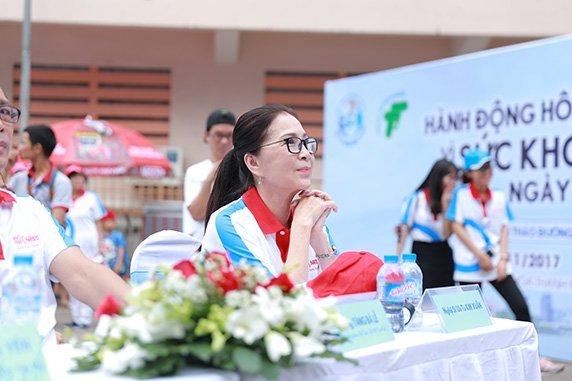 1.500 nguoi cam ket 'Hanh dong hom nay vi suc khoe ngay mai' nhan Ngay Dai thao duong 2017 hinh anh 2