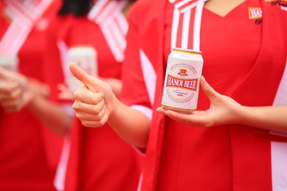 Hon 20.000 nguoi tham du Ngay hoi Bia Ha Noi 2017 hinh anh 3