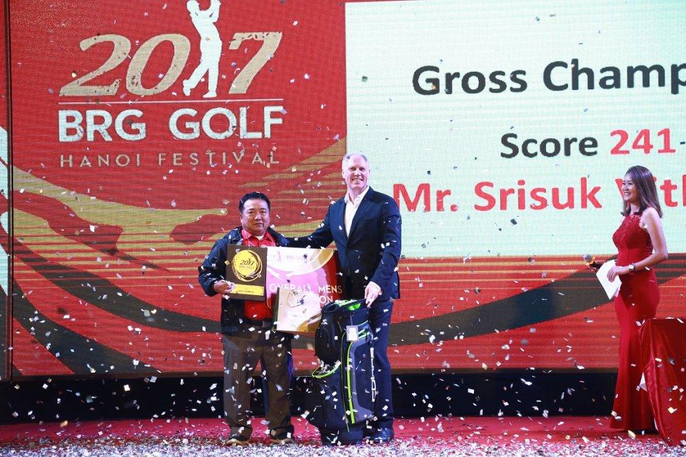 Giai gon truyen thong 2017 BRG Golf Ha Noi Festival ket thuc thanh cong trong niem vui hung khoi cua nhung nguoi yeu gon hinh anh 1