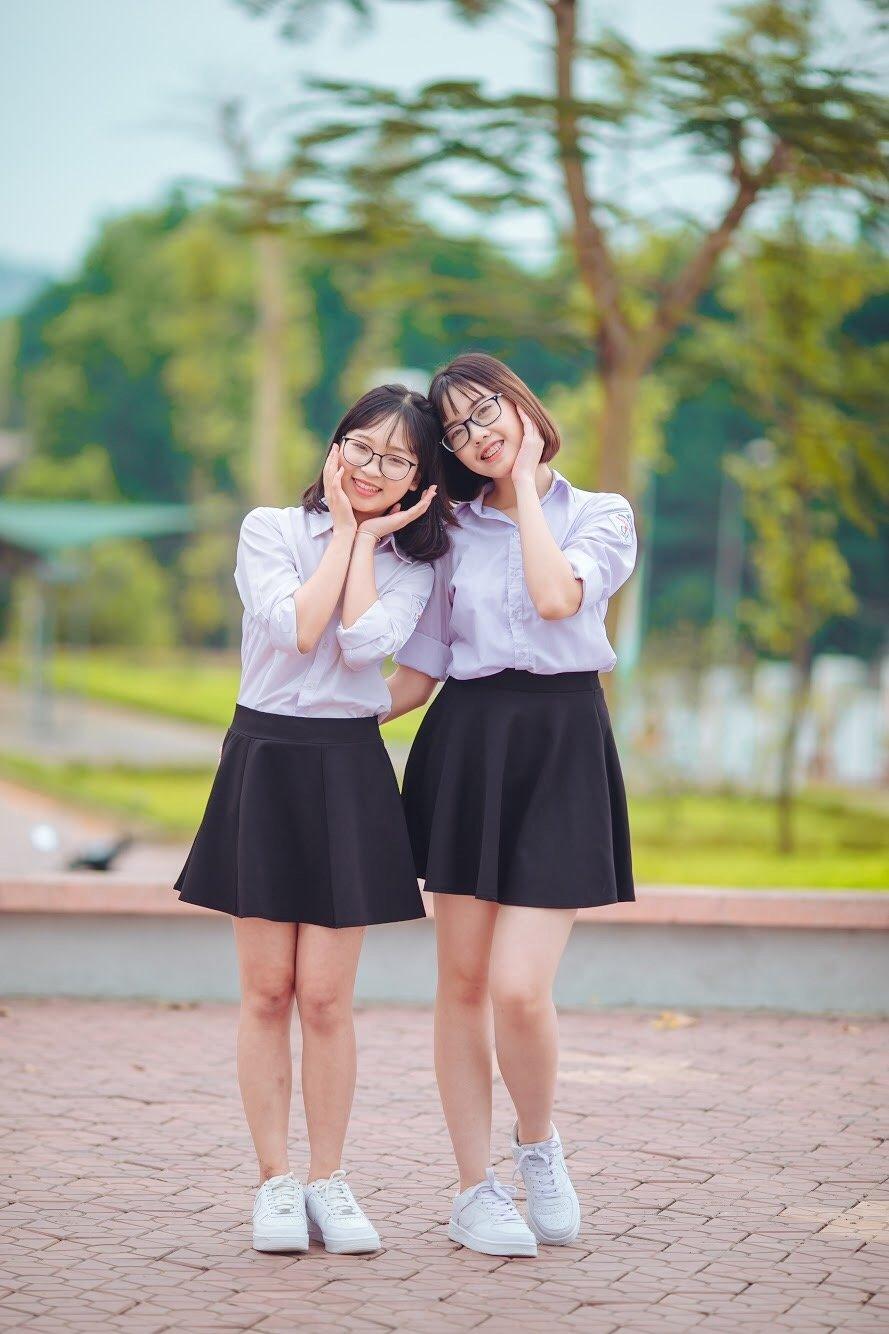 2 nu sinh Yen Bai khien nhieu nguoi than phuc voi sang che 'chiec may may dac biet' hinh anh 1