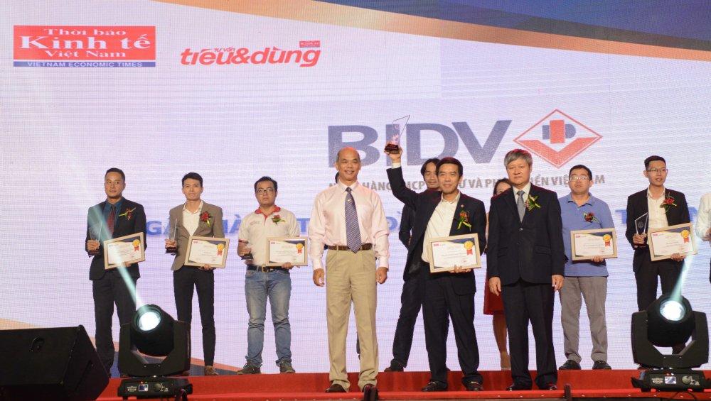 San pham BIDV dat giai thuong Tin va Dung 2017 hinh anh 1