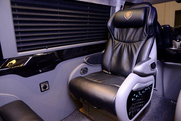Kham pha xe limousine sieu sang DCar X hinh anh 4
