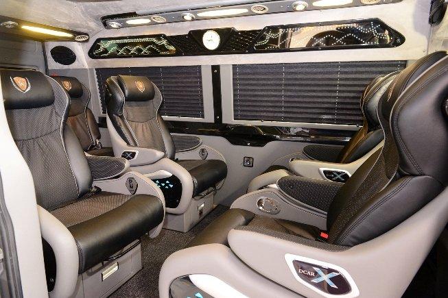 Kham pha xe limousine sieu sang DCar X hinh anh 3