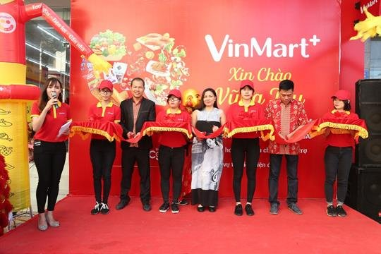 Bung no khai truong VinMart+ tai Vung Tau hinh anh 2