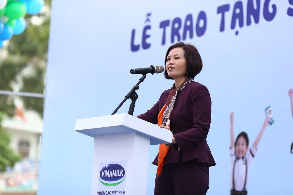 Quy sua Vuon cao Viet Nam dem niem vui cuoi nam den tre em Hung Yen hinh anh 8