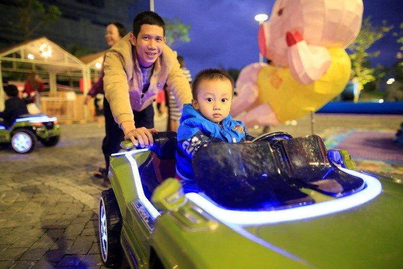 Nhung khoanh khac dep 'rung tim' tai le hoi phong cach Chau Au lon nhat Da Nang – Coco Starlight Fest hinh anh 10