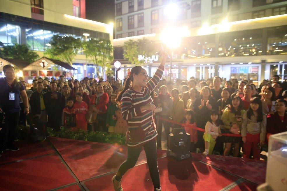 Nhung khoanh khac dep 'rung tim' tai le hoi phong cach Chau Au lon nhat Da Nang – Coco Starlight Fest hinh anh 11