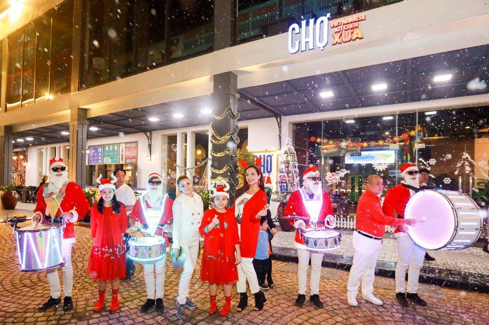 Nhung khoanh khac dep 'rung tim' tai le hoi phong cach Chau Au lon nhat Da Nang – Coco Starlight Fest hinh anh 2