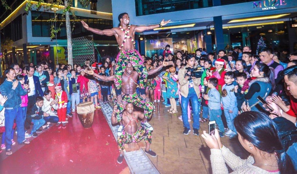 Nhung khoanh khac dep 'rung tim' tai le hoi phong cach Chau Au lon nhat Da Nang – Coco Starlight Fest hinh anh 9