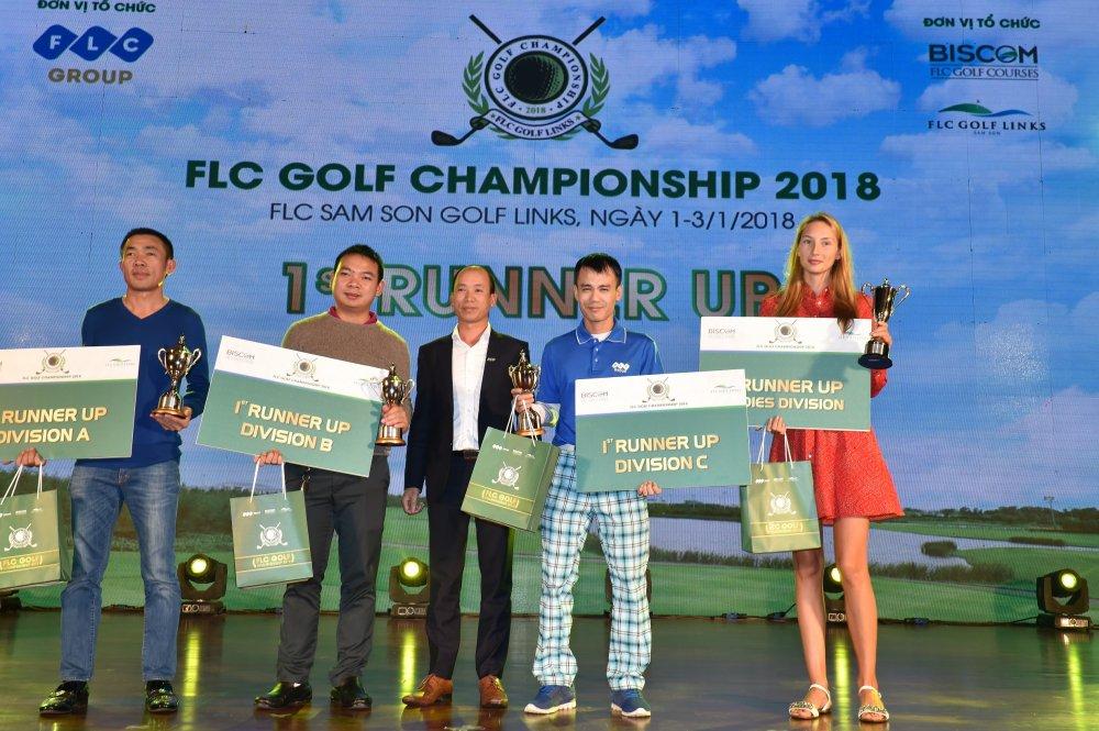 Golfer nguoi Lao Chanpasit Ounaphom vo dich giai FLC Golf Championship 2018 hinh anh 2