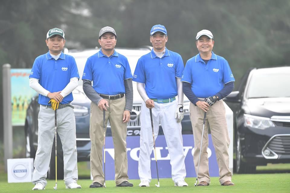 Golfer nguoi Lao Chanpasit Ounaphom vo dich giai FLC Golf Championship 2018 hinh anh 3