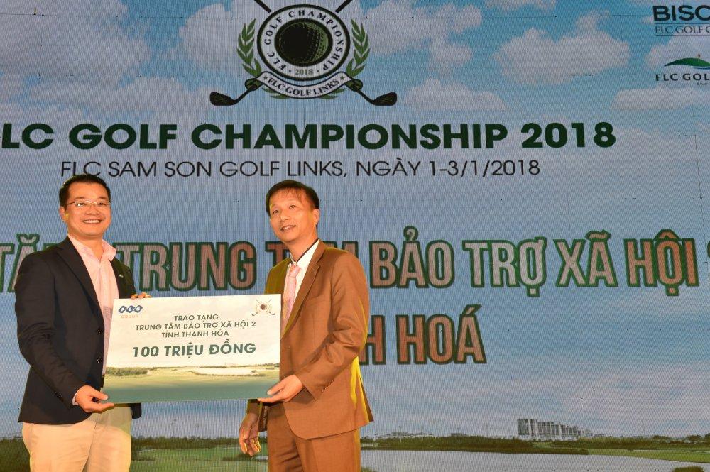 Golfer nguoi Lao Chanpasit Ounaphom vo dich giai FLC Golf Championship 2018 hinh anh 7