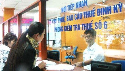 Chan chinh viec tuyen tap vu, bao ve di lam can bo thue hinh anh 1