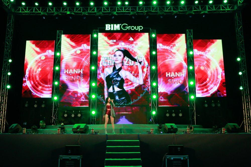 'Chao 2018' - Halong Marine Plaza bung no voi JustaTee, Giang Hong Ngoc, Hanh Sino hinh anh 6
