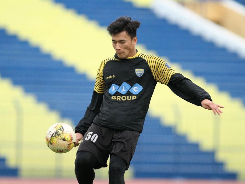 Chu tich FLC Trinh Van Quyet thuong nong thu mon Tien Dung va U23 Viet Nam hinh anh 2