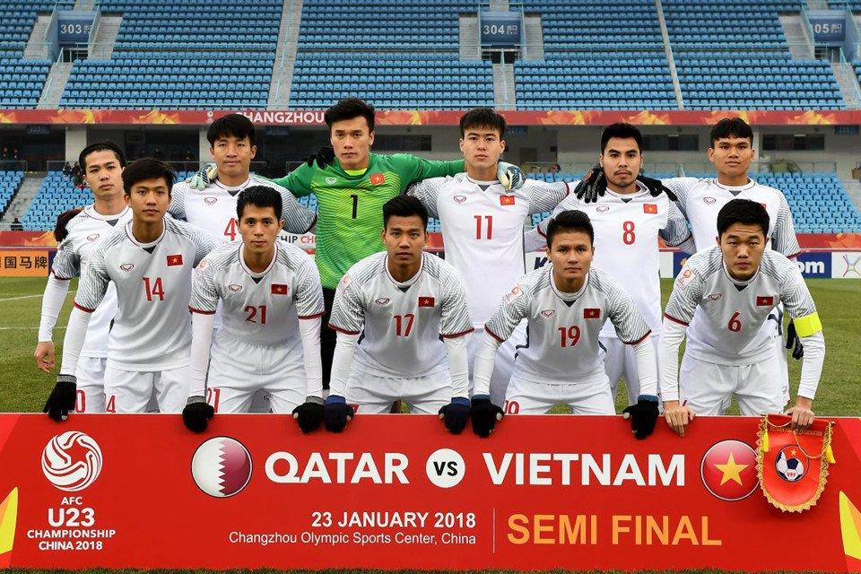 U23 Viet Nam vao chung ket: Vietcombank thuong nong cho doi tuyen 1 ty dong hinh anh 1