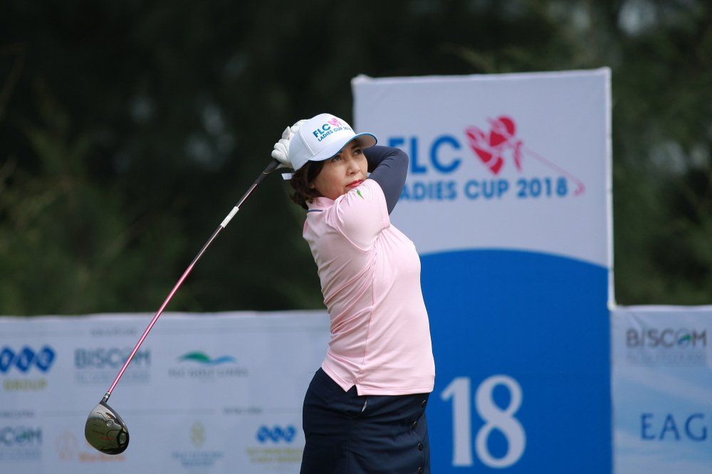 Gan 200 gon thu nu tham du giai Golf FLC Ladies Cup 2018 hinh anh 4