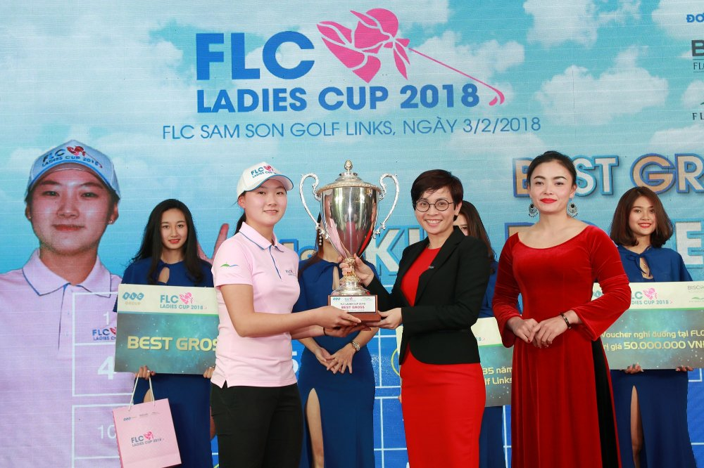 Gon thu 17 tuoi nguoi Han Quoc vo dich giai FLC Ladies Cup 2018 hinh anh 1