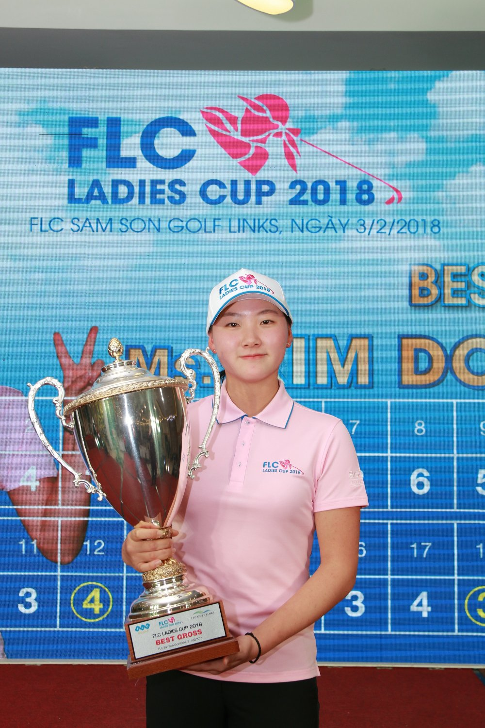 Gon thu 17 tuoi nguoi Han Quoc vo dich giai FLC Ladies Cup 2018 hinh anh 2