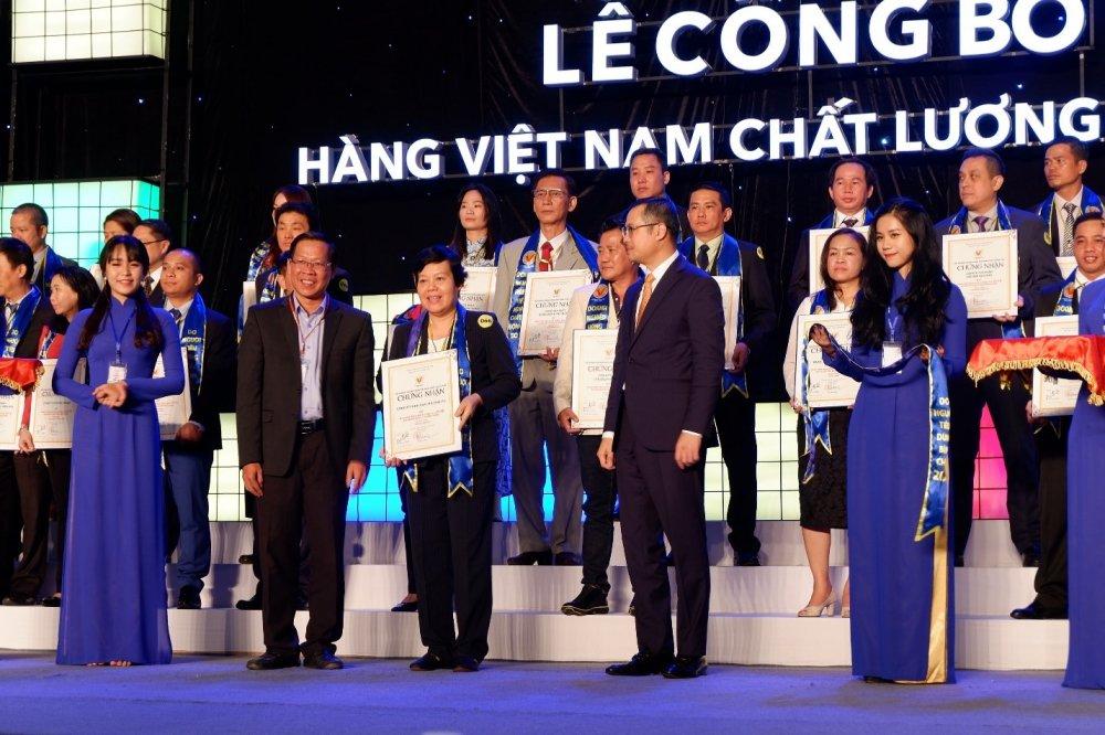 Nam Phuong Food vinh du don nhan danh hieu Hang Viet Nam chat luong cao nam 2018 hinh anh 1