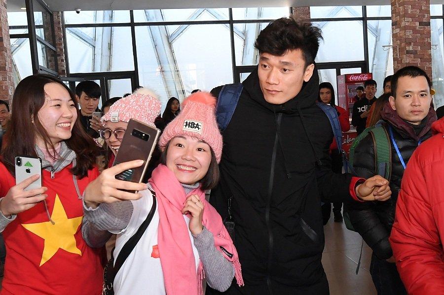 Thieng lieng Le thuong co cua cac tuyen thu U23 tren dinh Fansipan hinh anh 6