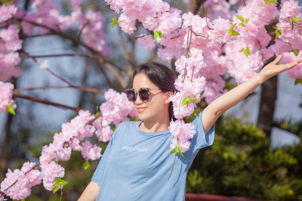 Tet ron rang trong le hoi hoa cuc chat tren dinh Ba Na hinh anh 5