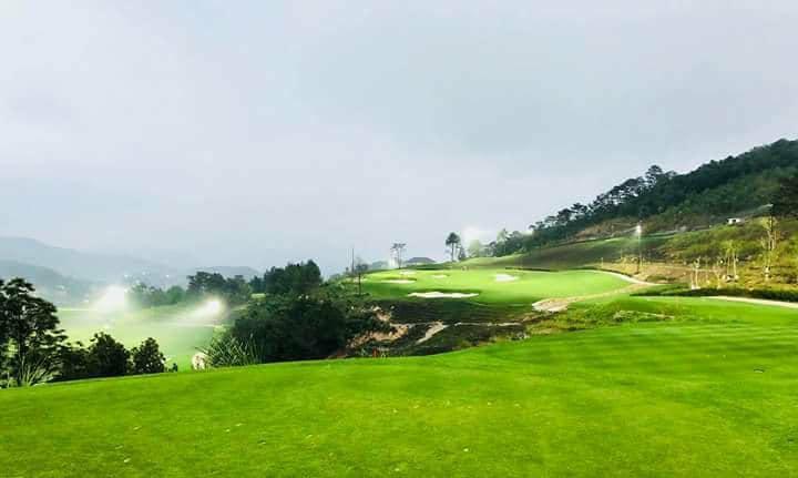Dan xe Rolls Royce sieu sang xuat hien tai FLC Faros Golf Tournament 2018 hinh anh 3