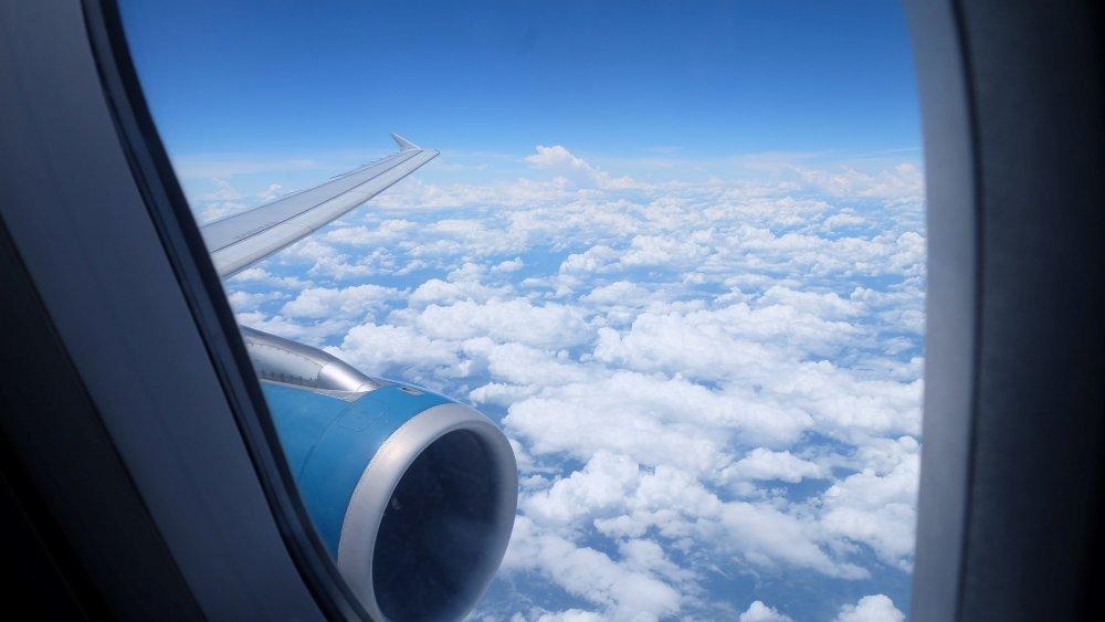 Vietnam Airlines tang chuyen, mo ban gia hap dan tu TP.HCM di Singapore va Dai Bac hinh anh 1