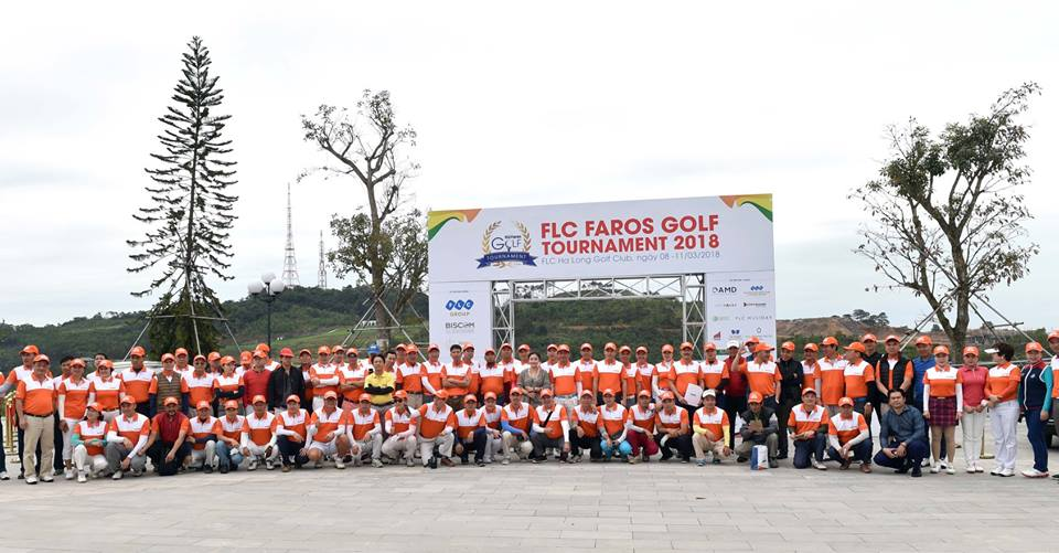1400 golfer tham du giai FLC Faros Golf Tournament 2018 hinh anh 1