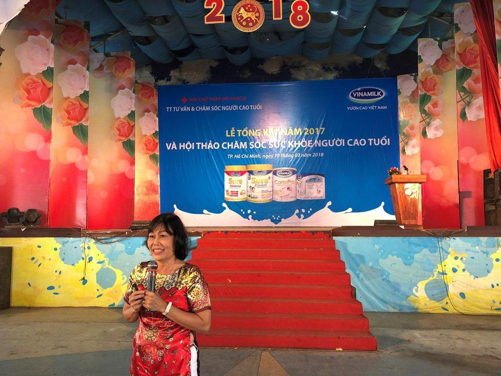 Vinamilk khoi dong hanh trinh cham soc suc khoe nguoi cao tuoi nam 2018 hinh anh 2