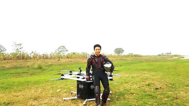 Chang ky su tre che tao thiet bi bay 'made in Vietnam' gia 400 trieu hinh anh 1