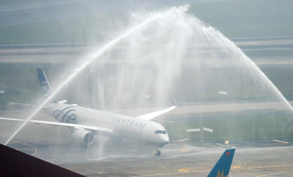Vietnam Airlines don may bay A350 thu 12 dac biet mang dau an SkyTeam hinh anh 2