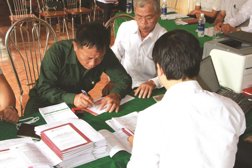 Agribank ve len buc tranh khoi sac cho nong thon Viet Nam hinh anh 2
