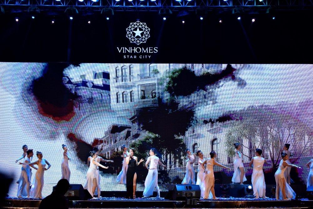 Dai nhac hoi 'Vu dieu ngoi sao': Rang ro Vinhomes Star City hinh anh 3