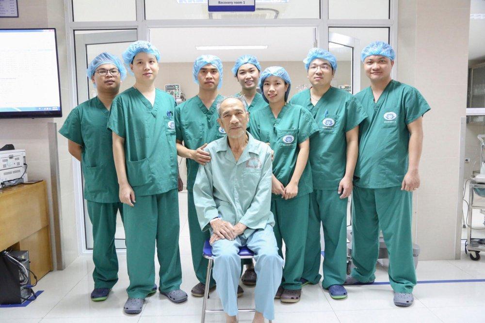 Đội ngũ bác sỹ Đơn vị Phẫu thuật Tim mạch – Lồng ngực, Bệnh viện đa khoa tỉnh Phú Thọ