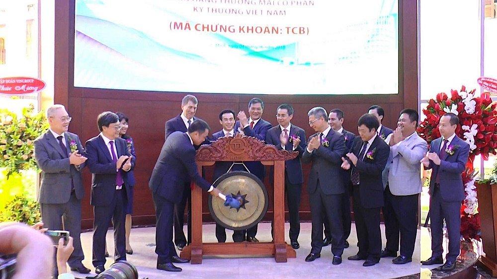 Techcombank chinh thuc niem yet hon 1,16 ty co phieu hinh anh 1