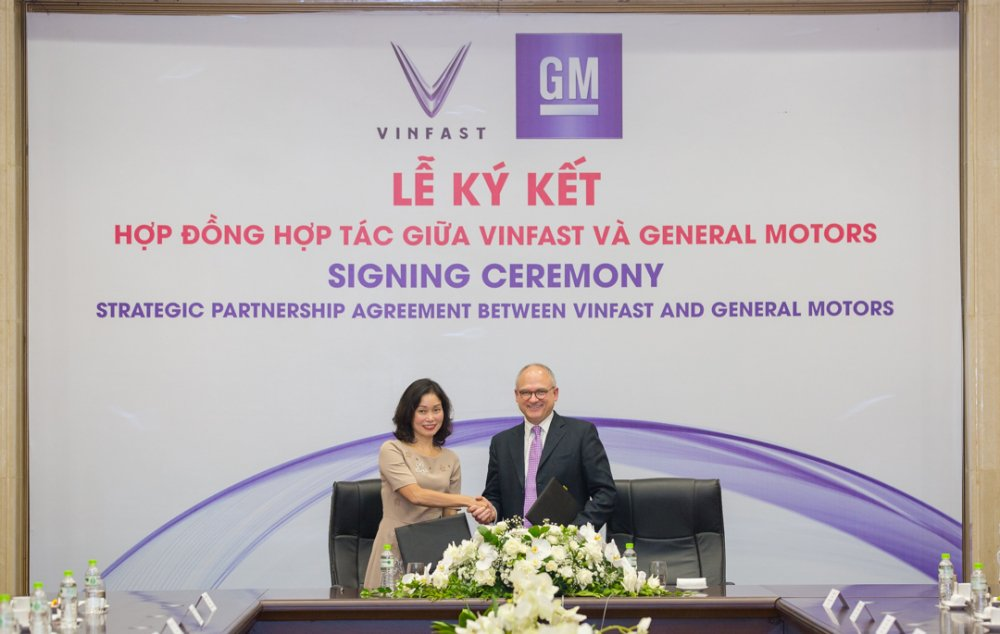VinFast va General Motors ky hop dong hop tac chien luoc tai thi truong Viet Nam hinh anh 1