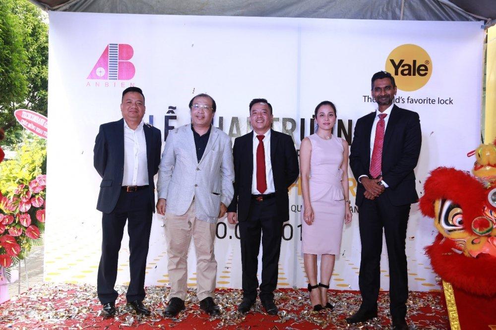 An Bien Group chinh thuc dua thuong hieu khoa danh tieng Yale ve Viet Nam hinh anh 1