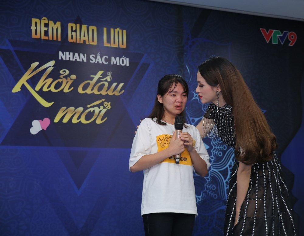 Hoa hau Huong Giang: 'Thay doi de thay doi dep va y nghia hon' hinh anh 2