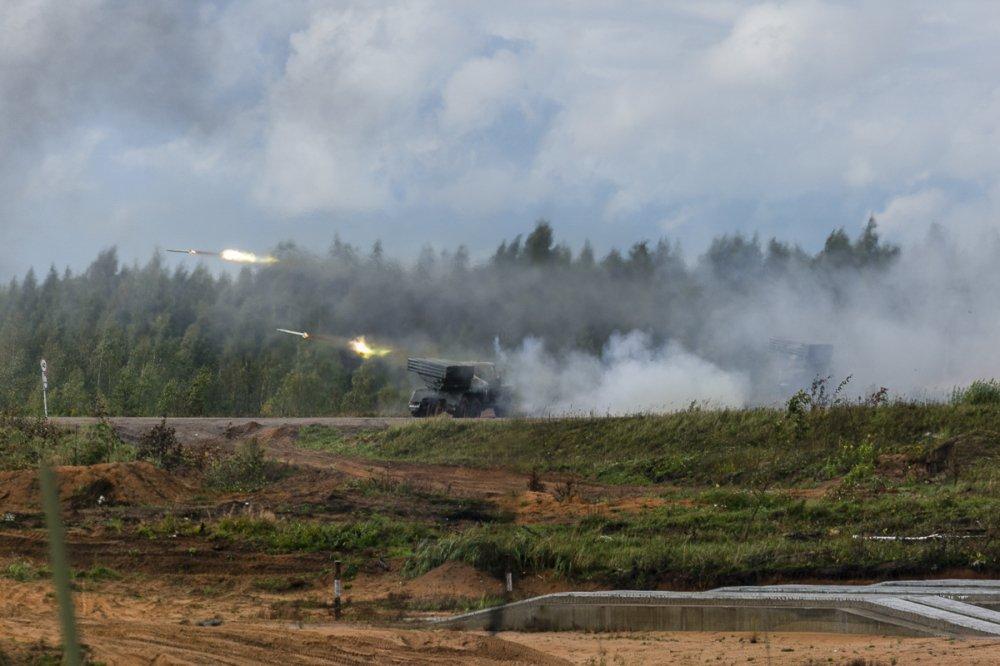 Anh: Dan tang thiet giap dung manh cua Nga va Belarus trong tap tran Zapad-2017 hinh anh 11