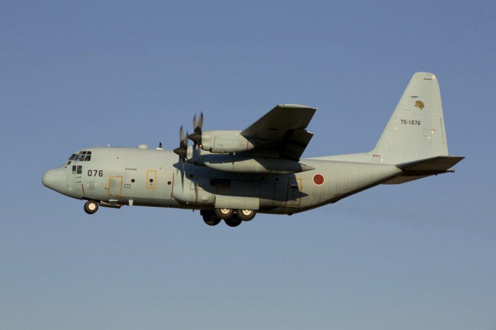 Kham pha C-130, may bay van tai 63 nam tuoi vua den Da Nang hinh anh 5
