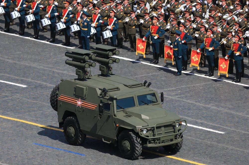 Xe boc thep cua Nga khien nhieu nuoc NATO them muon manh co nao? hinh anh 2